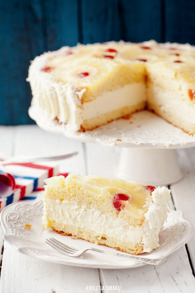 Cheesecake in pineapple upside down cake