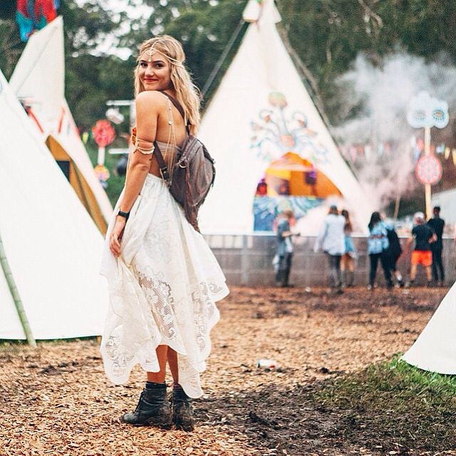 Looking every bit the bohemian goddess at Splendour In The Grass.