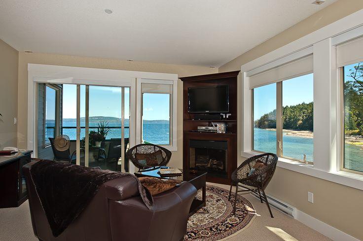 360 views of the ocean - relaxing in paradise.  www.irisquinn.com