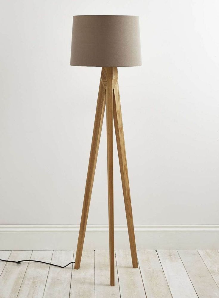 Enchanting 3 Leg Floor Lamp For Comfy Living Room Naindien Within Proportions 1009 X 1372 Legged Wooden