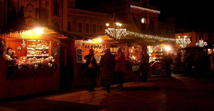 Karácsonyi vásár a Dobó téren 2009