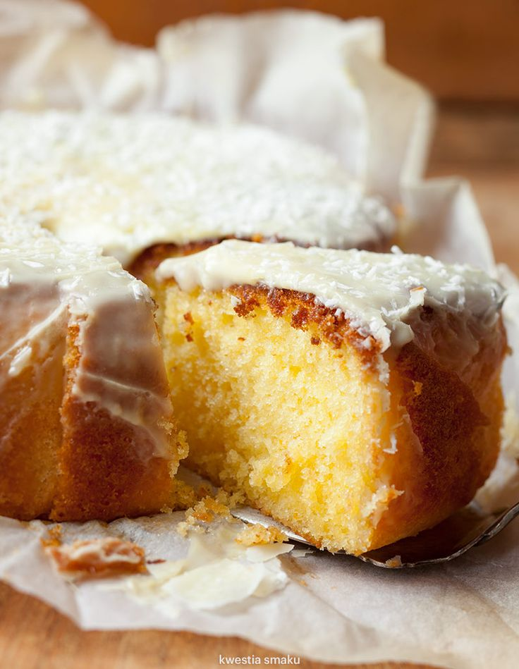 Orange cake with white chocolate and coconut icing