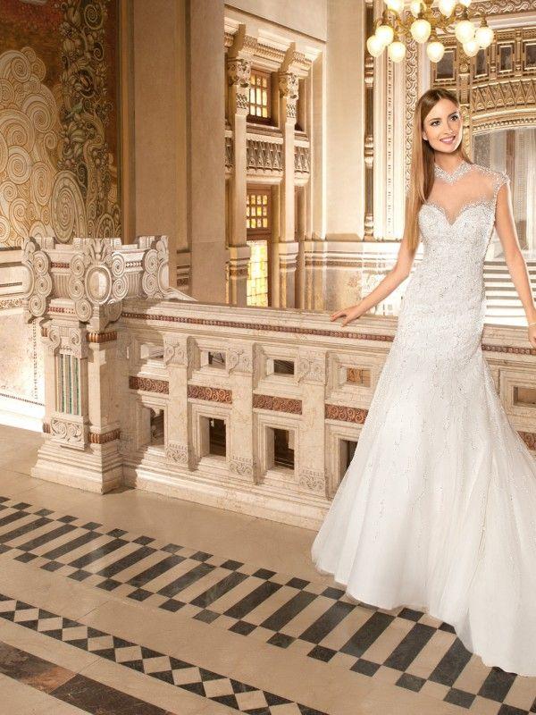 Vestido-de-Novia-DANA-corte-estilo-Columna-Tubo-y-escote-tipo-Corazon1