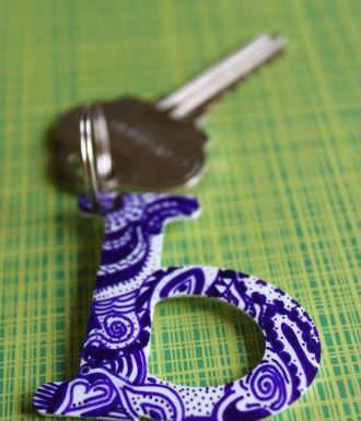 Easy Homemade Christmas Gift Ideas - Zentangle Keychain - Click pic for 25 DIY Inexpensive Christmas Gifts for Kids