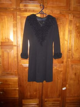 NEW FIND!  BEAUTIFUL KNIT DRESS FROM THE 1970'S