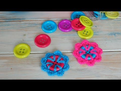 How to Crochet a Flower Button - YouTube