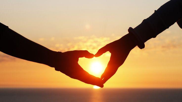 Каким бы ни был вопрос, ответ один - Любовь...   Уэйн Дайер  #этноспб #любовь #ответ #жизнь