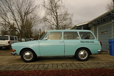1972 VW Station Wagon. So adorable.