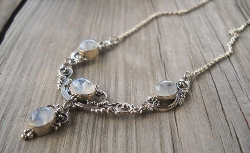 925 Sterling Silver Neckchain Rainbow Moonstone Necklace  Weight:10.8 grams 50cm long  Handmade,brand new