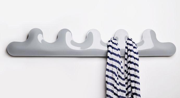 Kamm coat hanger by Oskar Zieta