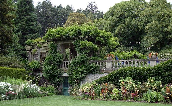 Канада, остров Ванкувер, Колвуд: Замок Хэтли - баронский замок в роскошном саду