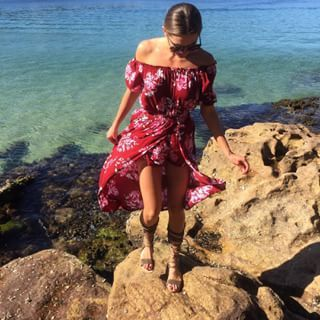 When she had us wishing winter was over already, and that we owned this off-the-shoulder dress. | 22 Times Jesinta Campbell Was A Flawless Style Queen On Instagram
