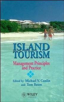 (Blue) Tourism: Management Principles and Practice (Hardcover)
