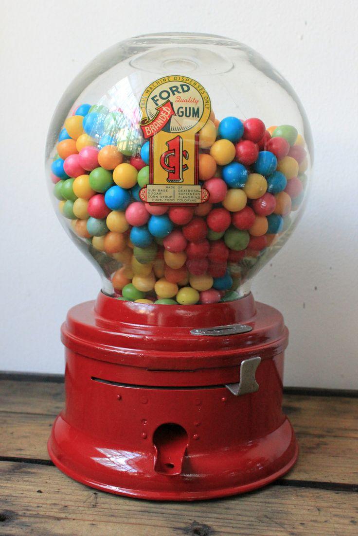 Machine à bonbons vintage