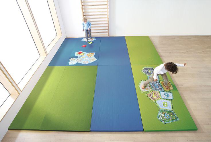 les 25 meilleures id es de la cat gorie tapis marelle sur pinterest tapis chambre fille tapis. Black Bedroom Furniture Sets. Home Design Ideas