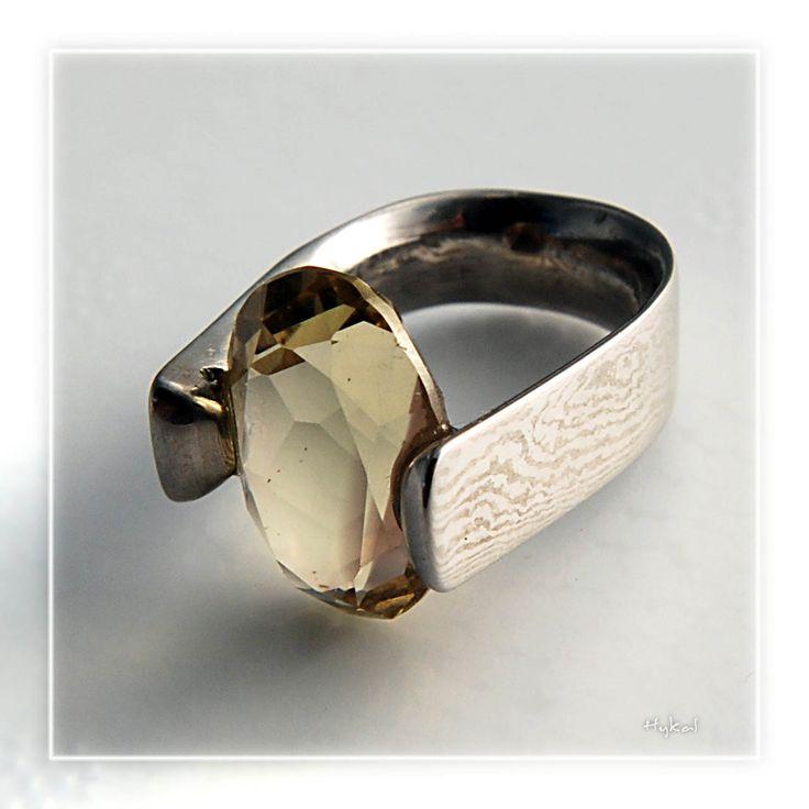 Damaškový kovaný prsten s broušeným citrínem- Limenon