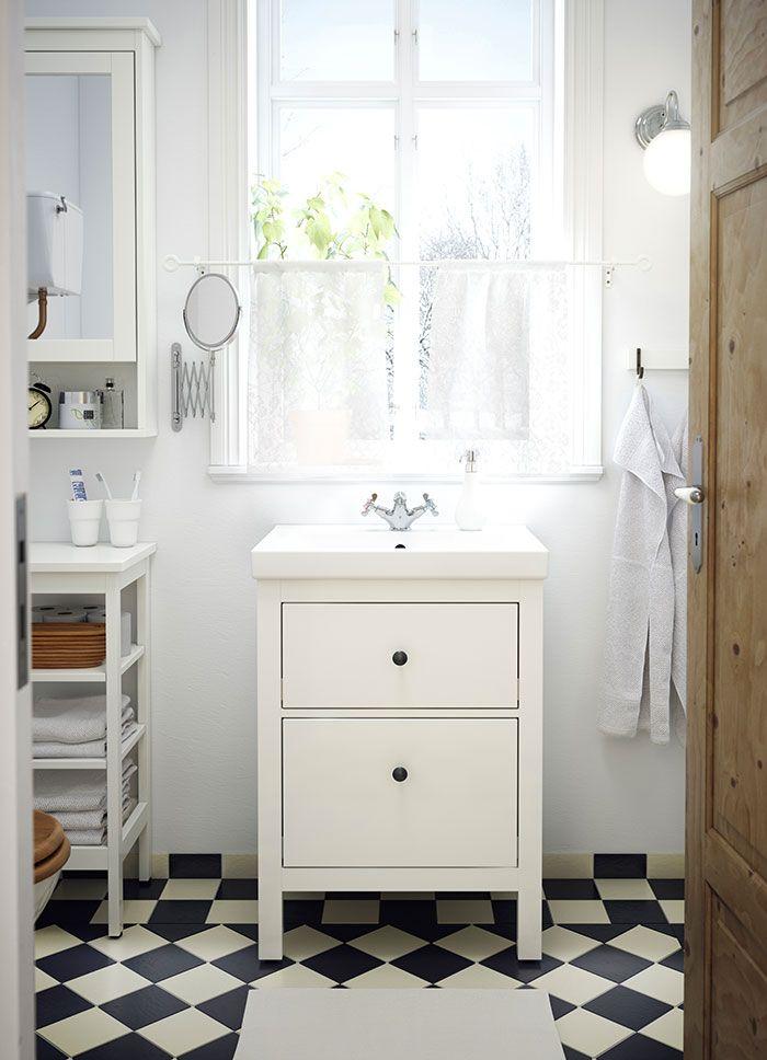 Biała szafka pod umywalkę HEMNES/ODENSVIK z dwiema szufladami i bateria jednouchwytowa APELSKÄR