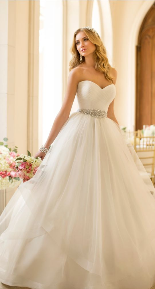 Best 20  Princess wedding dresses ideas on Pinterest—no signup ...