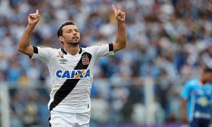 Mais jogadores experientes do elenco do Vasco deve acertar sua saída em breve, um dos cotados é o meia-atacante Nenê que deve ir para o São Paulo.