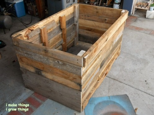 I've Finished Making The Sides Of The Pallet Planter 400 x 300