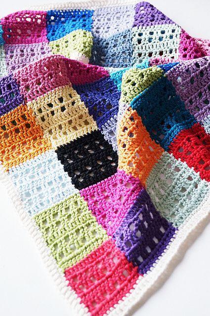 Muskat Blanket by Yarn-Madness Great use of left over yarn (http://www.fairystepsblog.com/2010/07/fairystepsknits-love-blanket.html)