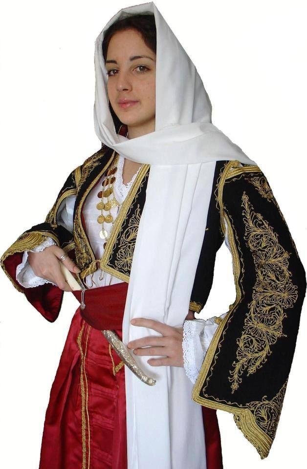 """Ανωγειανή Φορεσιά - Λαογραφικός Σύλλογος Κρητών Θεσ/νίκης """"Τ'αγρίμια"""" [http://www.anogeia.gr/tradition/anogian-costums]"""