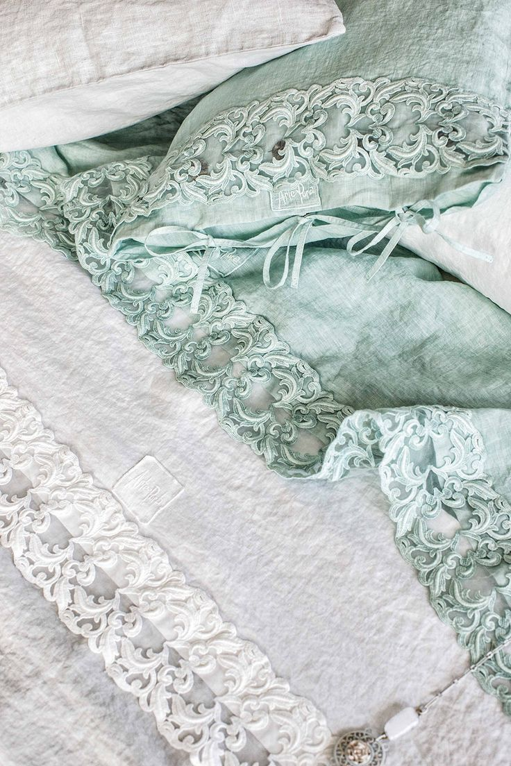 #danieladallavalle #artepura #fw15 #collection #white #green #bed #sheets