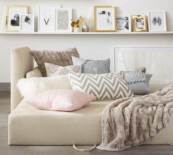 Luna Upholstered Daybed Sleeper In 2019 Upholstered