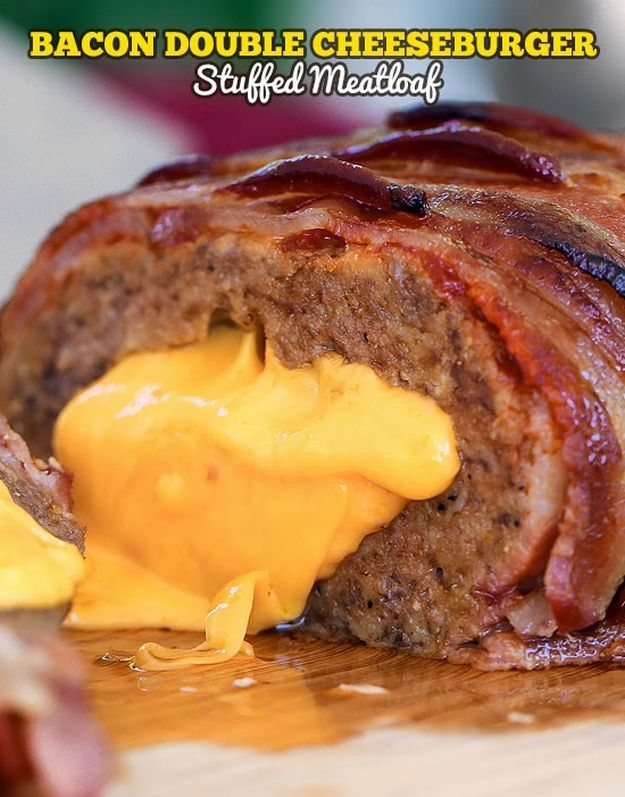 Check out 21 Easy Recipes For National Cheeseburger Day | Bacon Double Cheeseburger Stuffed Meatloaf by Homemade Recipes at http://homemaderecipes.com/uncategorized/easy-recipes-national-cheeseburger-day/
