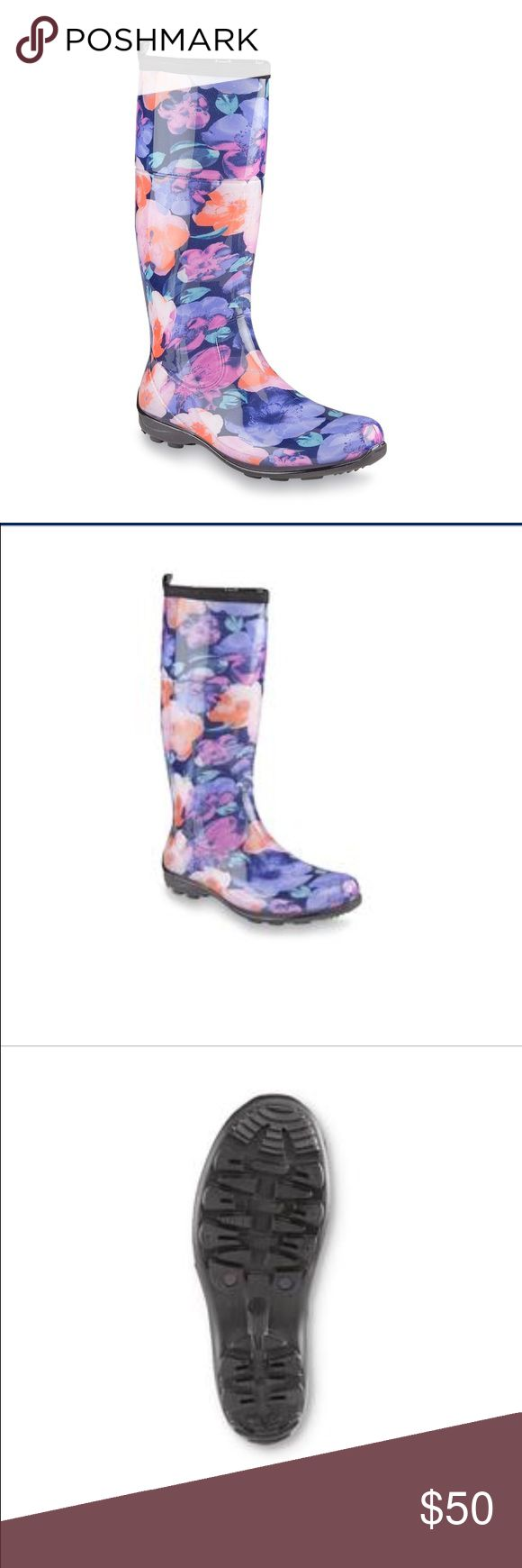 Kimik floral womens rain boots size 9 Womens floral rain boots. Size 9. Brand new in box. Pretty and waterproof. Kamik Shoes Winter & Rain Boots