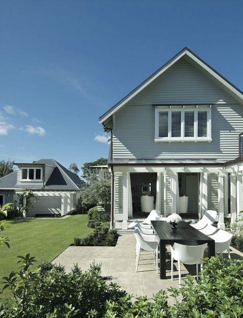 SOMMERWHITE: DREAM HOUSE