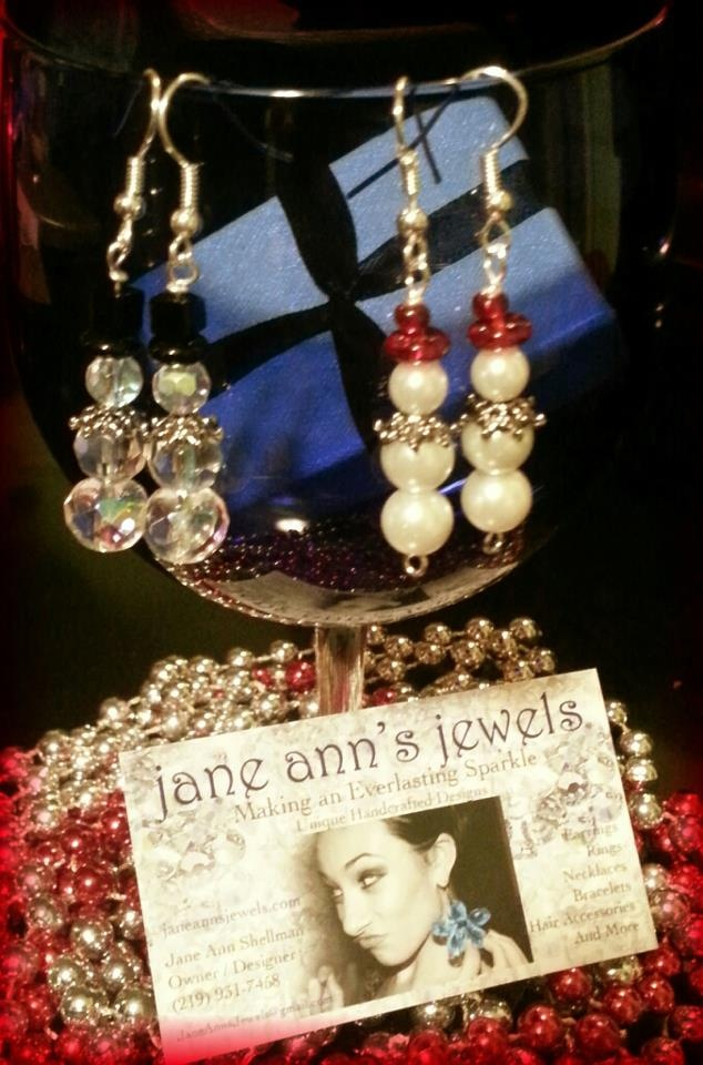 Jack & Jackie Frost... Handmade With: Crystazzi Crystals & Pearls By: Jane Ann's Jewels