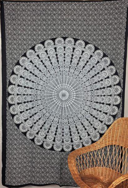 Tagesdecken - Tagesdecke Wandtuch Peacock Mandala Wandbehang  - ein Designerstück von rainbow-handicraft bei DaWanda