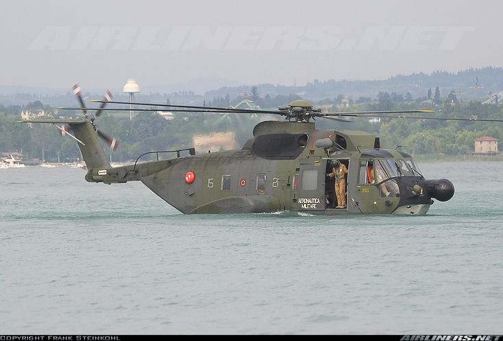 Agusta HH-3F (AS-61R) aircraft picture