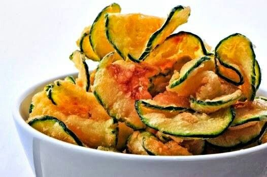 Zuccini chips with paprika and sea salt  Registered dietitian Lauren Minchen recommends using paprika not only to flavor this healthy snack, but also to boost your metabolism, reduce your appetite, and lower your blood pressure. Cut a zucchini into thin slices and toss in 1 Tbsp olive oil, sea salt, and pepper. Sprinkle with paprika and bake at 450°F for 25 to 30 minutes.