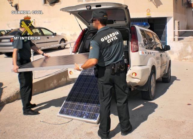 EL GOBIERNO ESPAÑOL PRIVATIZA LA ENERGIA DEL SOL CON MULTAS DE HASTA 30 MILLONES DE EUROS