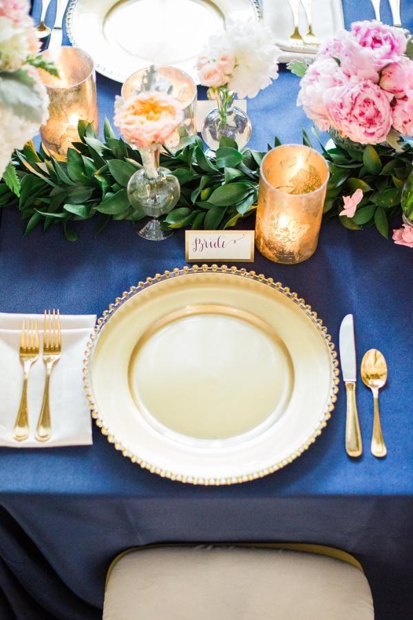 Bucear azul y oro tabla de la boda Configuración