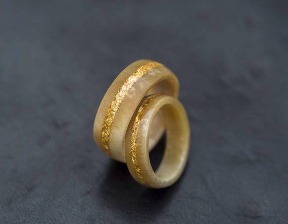 Bande de mariage ensemble / / or et bois de cerf 2 flake bagues, Alliance de bois de cerf, Couples anneaux, anneau naturel, bande de mariage pour homme