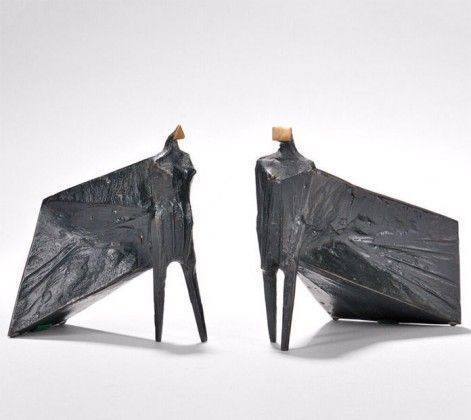 Pair of Cloaked Figures III, work by Lynn Chadwick from 1977 with bronze and dark brown patina.