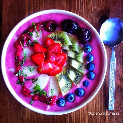 Berry banana smoothie with fresh fruit, homemade raspberry & lime chia jam and mint