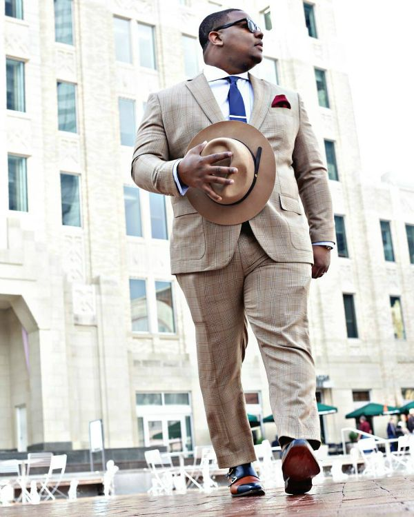 When it comes to big and tall style, our style guy Marv Neal has just the line-up of big and tall bloggers, models and influencers we can't get enough of. Check out our list of 10, well..11 stylish guys that need to be on your radar STAT. Ladies, You can thank us later.    His Style: 10 Big and Tall Male Influencers You Need to Follow http://thecurvyfashionista.com/2017/03/big-and-tall-influencers/