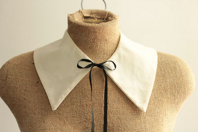 DIY detachable collar pattern: how to make a peter pan collar - A Common Thread