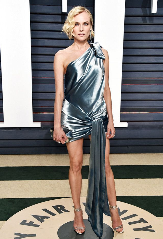 Pinterest: KarinaCamerino Obsessed with this Oscar dress