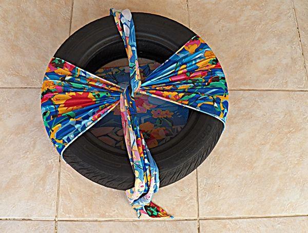 E sabe de quem é a ideia? Da Fabiana Tardochi, uma leitora superultramega criativa e expert quando o assunto é reutilização de materiais na decor da casa.
