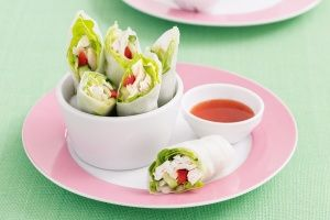 Chicken and vegetable rice paper rolls and other school lunchbox ideas.