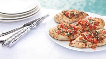 Grilled Bruschetta Chicken - Fresh basil and tomato combine for a chicken dish that rivals the bruschetta at your favorite Italian restaurant. #chickenrecipes