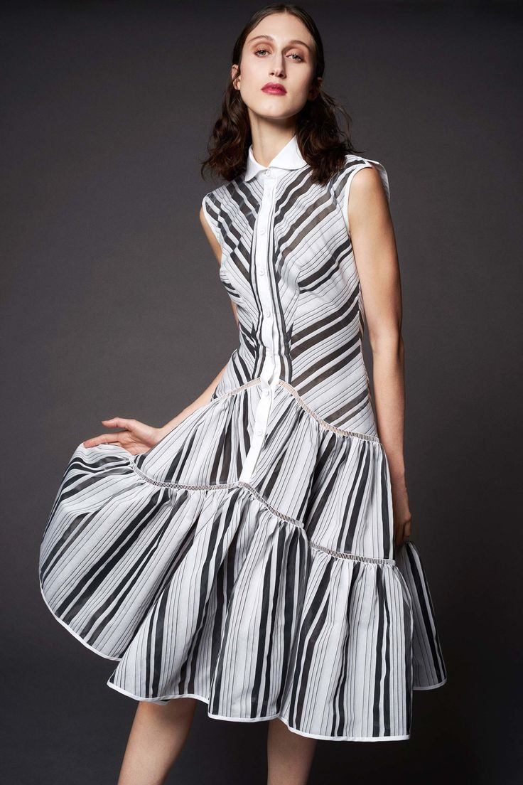 http://www.vogue.com/fashion-shows/resort-2017/zac-posen/slideshow/collection