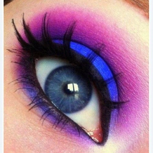 Bright blue and purple eye makeup | Make Up | Pinterest ...