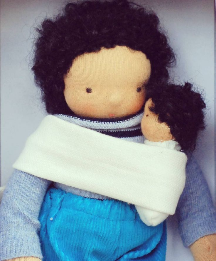 Custom request - babywearing doll with a little one. :) #waldorfdoll #babywearing #dollforboys #steinerdoll #doll #babydoll  #waldorfdollsewing #naturaltoy #waldorfbaba #instadoll #instahun #etsyseller