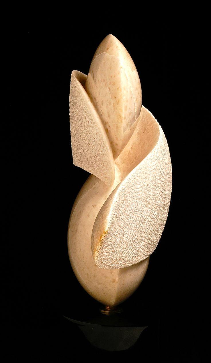#peterontherocks  #sculptor #stone #sculture #sculpture #Hand tooled #fineart